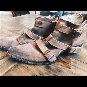 Freebird Boots 8